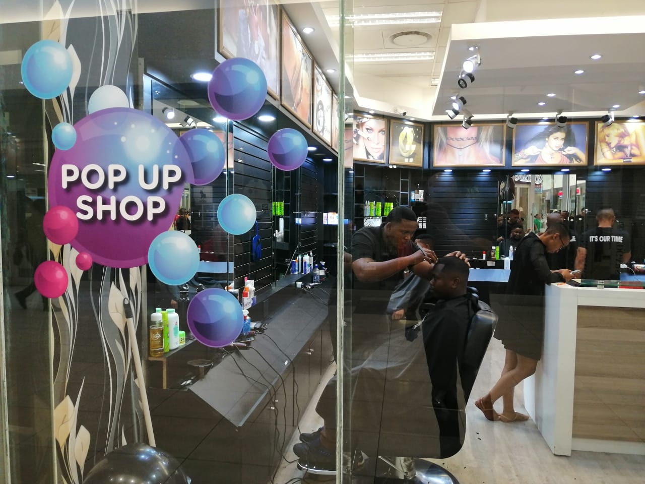 The Born Free Barbers leverage Pop-Up concept in partnership with Mall Ads